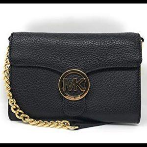 🌻Michael Kors Vanna Lg. Phone Leather Crossbody🌻